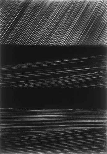 swimminginthespace-outrenoir-soulages.jpg