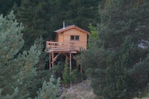 cabane-insolite-1-semaine-hautes-alpes.jpg